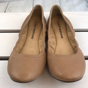 Lucky Brand Emmie Ballet Flat in Nude/Camel 7.5
